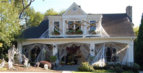 halloween house decorating real estate blog deanna