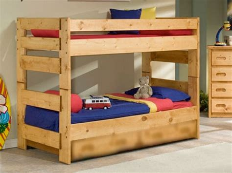 pallet bunk beds astonishing ideas for pallet loft bunk beds wood