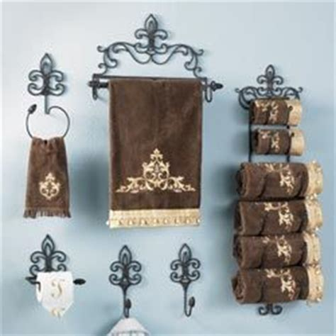 fleur de lis home decor bathroom 1000 ideas about crown decor on pinterest antiques
