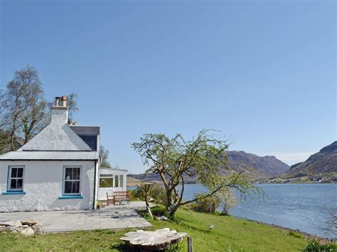 Loch Shore Cottage In Kyle Of Lochalsh Selfcatering Travel Shore Cottages