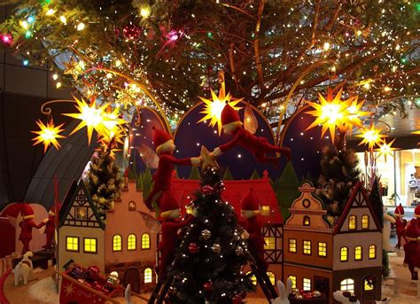 pictures of christmas decorations wallpapers9