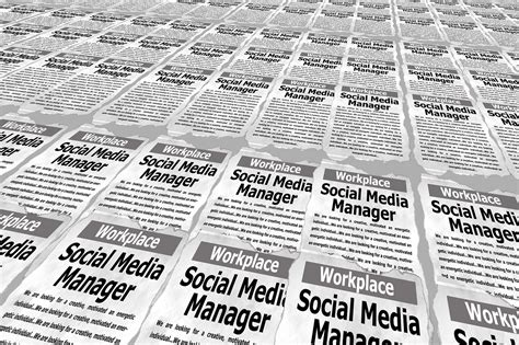 How To Find On Social Media How To Find A Social Media Manager Bloggerkhan Outsourcing Freelancing