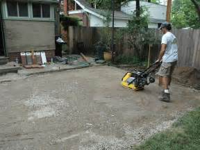 how to lay a paver patio how to lay a brick paver patio how tos diy