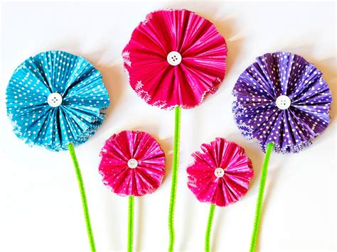 Simple Paper Flowers For Children To Make - how to make paper flowers using cupcake liners diy