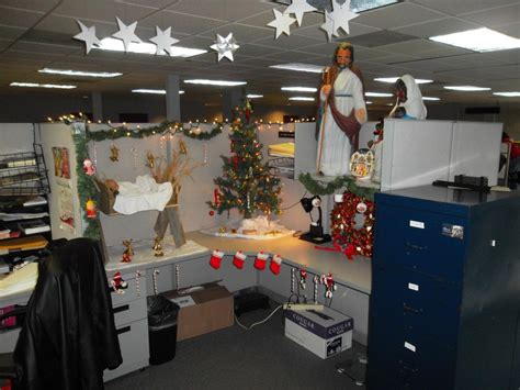 christmas cubicle decorating contest ideas iron blog