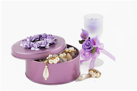 Wedding Anniversary Gift Ideas For Both by Cutesy Wedding Anniversary Ideas To Bring You Both Even Closer