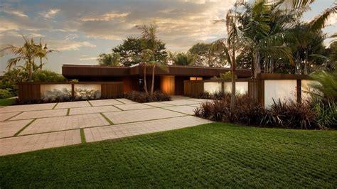 top 28 cool driveway ideas 15 paving stone driveway design ideas digsdigs driveway design