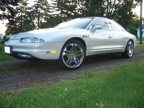service manual how to fix 1996 oldsmobile aurora engine rpm going up and down oldsmobile