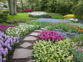 spring decorating and planning to go greener with garden and backyard designs