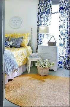 blue and yellow bedroom 1000 ideas about blue yellow bedrooms on