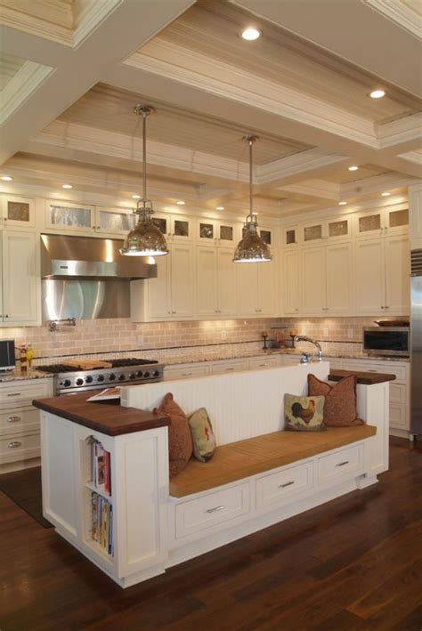 country kitchen islands with seating 1000 ideas about country kitchen island on pinterest