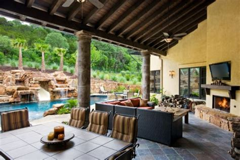 backyard living space tips for creating the perfect outdoor living space