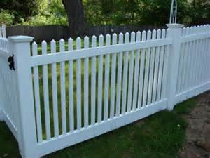 fencing backyard backyard fence pictures and ideas