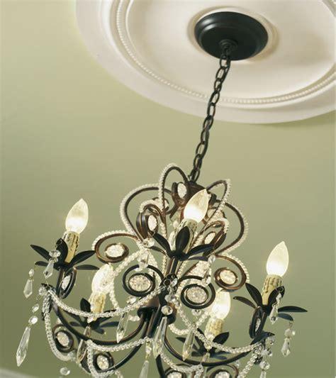 rosoni in gesso per soffitti cornici in polistirolo o in gesso guida installazione