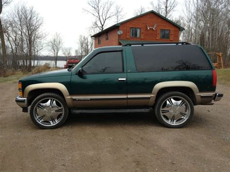 1999 2 Door Tahoe by Sell Used 1999 Chevrolet Tahoe Base Sport Utility 2 Door 5
