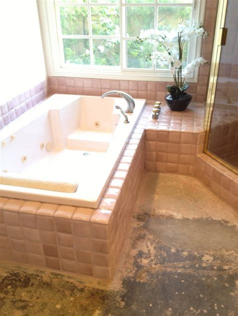 what goes with pink what color floor goes with pink tiles for a bathroom