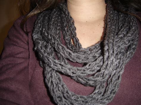 finger knit scarves sewing projects burdastyle
