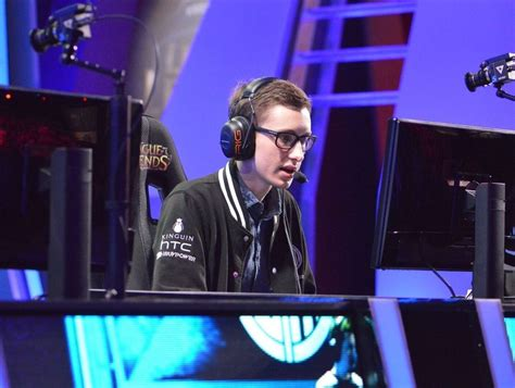 dyrus benched 100 dyrus benched cloud9 hyperx balls 20 questions