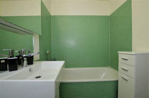 zeitgenössische badezimmer designs farbe f 252 r badezimmer bad streichen ist spezielle farbe im