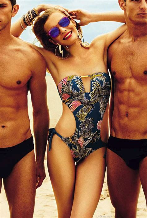 hair outside bathing suit pictures pubic hair outside of bathing suit hairstylegalleries com