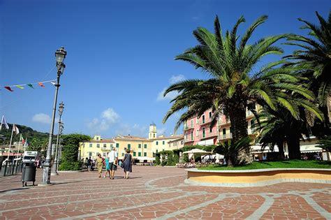 web porto azzurro foto isola d elba porto azzurro mediaforme di vincenzo