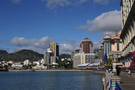 mauritius port louis file mauritius port louis caudanwaterfront jpg wikimedia