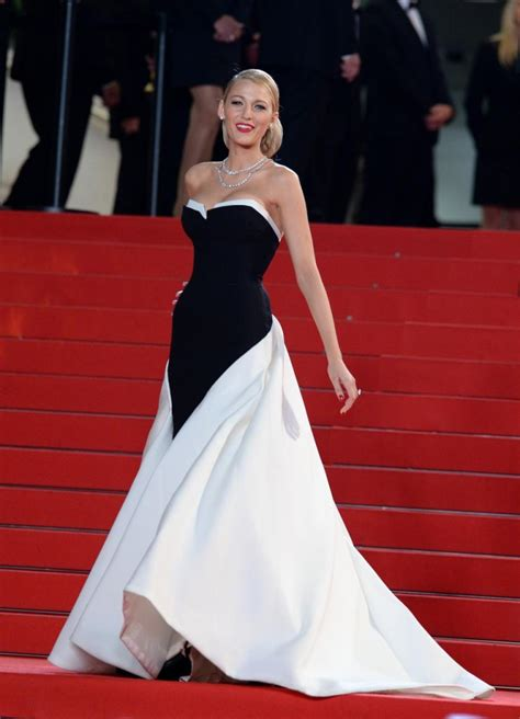 Get The Look Jolies Cannes Chic The Rack Stylewatch Peoplecom by Retour Sur La Plus Robe De Lively Lors Du