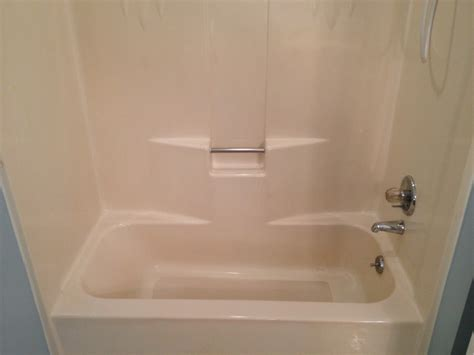 refinishing fiberglass bathtub great how to refinish fiberglass tub ideas bathtub for