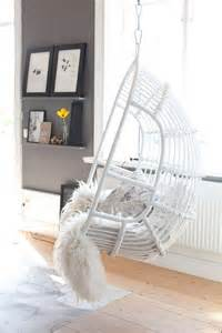 hanging chairs for bedrooms beautiful hanging chair for bedroom that you ll love homestylediary com
