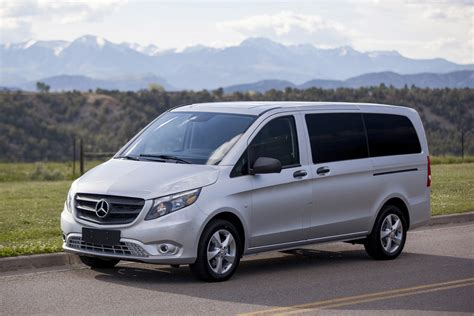 mercedes commercial van mercedes benz metris van named best commercial vehicle