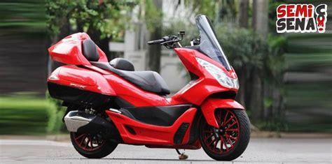 Pcx 2018 Merah Modifikasi by Setelah Dimodifikasi Tang Honda Pcx Memukau