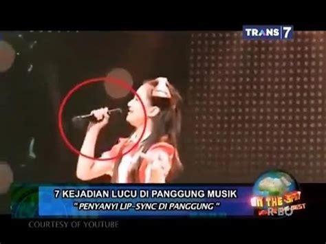 film lucu on the spot on the spot 7 kejadian lucu di panggung musik