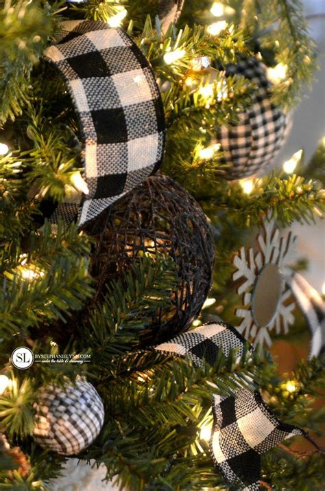 11 classy buffalo check plaid christmas projects