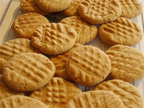 peanut butter biscuit recipe big batch peanut butter cookies chella s common cents