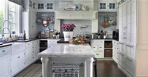 kitchen cabinet paint type the best type of paint for kitchen cabinets ehow uk