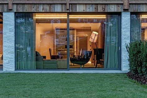 azienda di soggiorno val gardena finstral per il prestigioso gardena chalets a ortisei