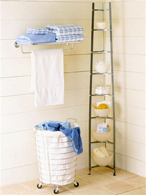 storage solutions for tiny bathrooms