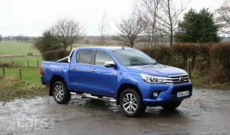2017 Toyota Hilux Toyota Hilux Invincible D C Review 2017 Cars Uk