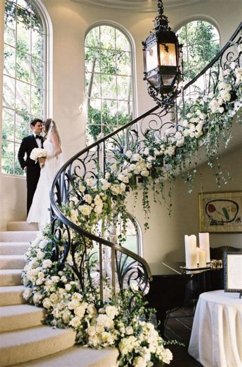 staircases decorated  flowers flirty fleurs
