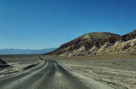 Schnellstes Auto Der Welt Ohne Stra Enzulassung by Death Valley Wenn Man Aufh 246 Rt Sich Zu Sp 252 Ren Lilies