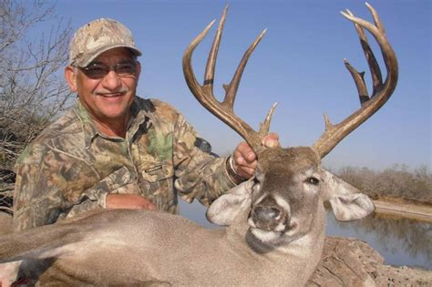 texas parks wildlife boat registration brownsville premium buck hunt big time texas hunts tpwd