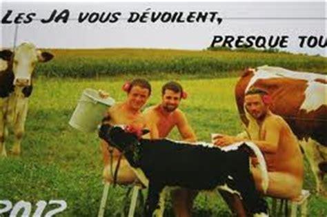 Calendrier Agriculteur Les Agriculteurs Du Rh 244 Ne Se Mettent 224 Nu