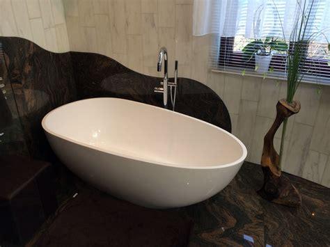 moderne badewannen 169 luino freistehende mineralguss badewanne weiss matt