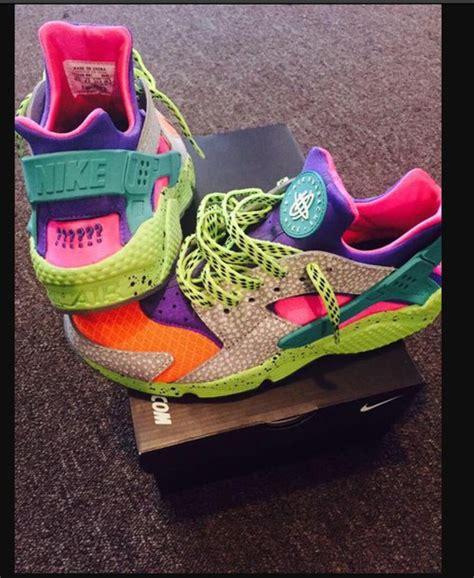 colorful nikes shoes huarache nike sneakers multicolor colorful nikes