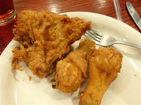 claudia sanders dinner house chicken picture of claudia sanders dinner house shelbyville tripadvisor