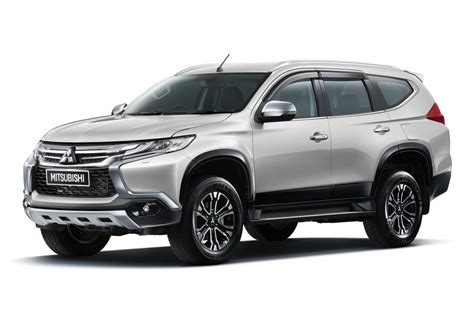 mitsubishi mitsubishi 2016 mitsubishi pajero sport breaks cover speed carz