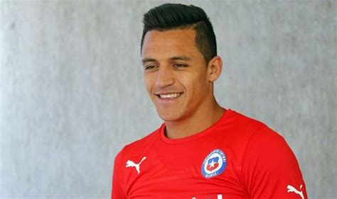 Alexis Sanchez Kapsel | arsenal transfer news sanchez in london for medical