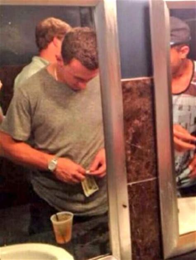 cocaine bathroom johnny manziel caught using cocaine in vegas nightclub