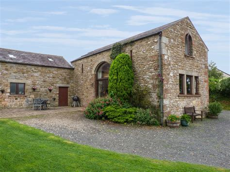 Friendly Cottages Lake District Breaks by Hadrian S View Friendly Cottage In Brton Cumbria