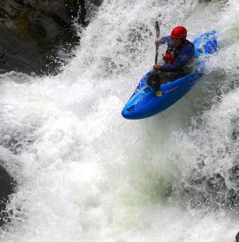 dagger creek boats dagger kayaks mamba 7 6 8 1 8 6 for sale from kayaks